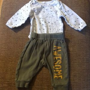 Long sleeve onesie with matching pants